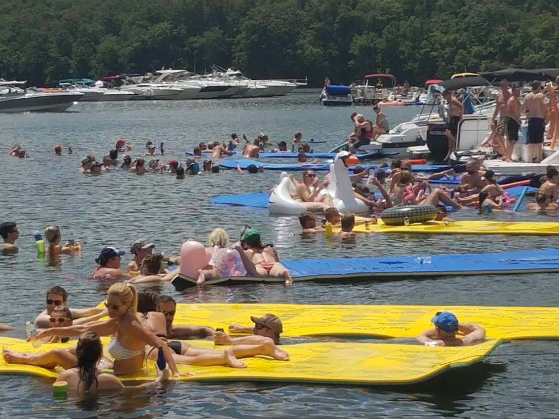 Boat Rental Rates | Super Fun Mat